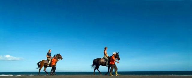 バリ島でホースライディング