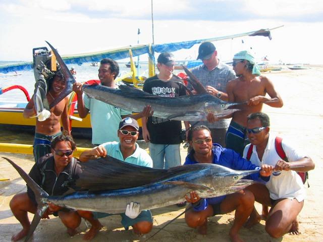 バリ島で釣り トローリング