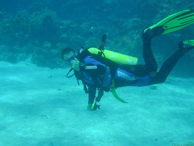 グアムの海で体験ダイビング
