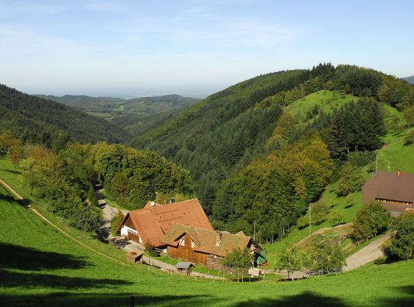 ドイツで最も有名な美しい温泉保養地! バーデン=バーデンと黒い森