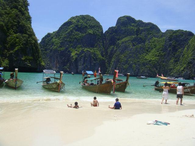 ピピ島1日観光 映画「ザ・ビーチ」を感じよう!