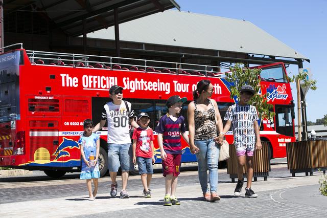 パースシティサイトシーイング 乗り降り自由!2階建てオープントップバス