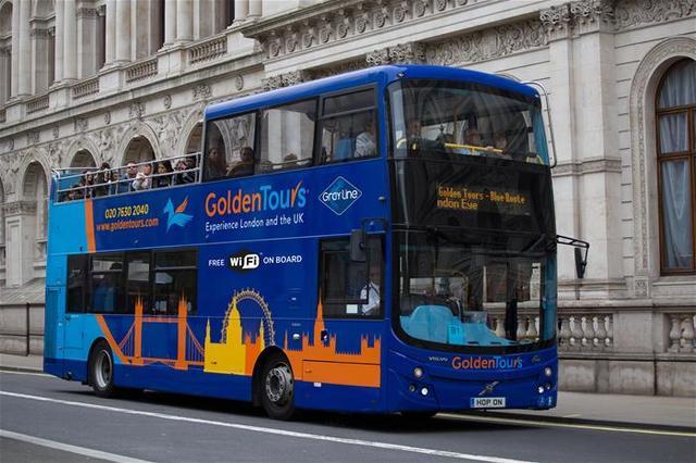 乗り降り自由! ロンドン観光2階建てオープントップバス