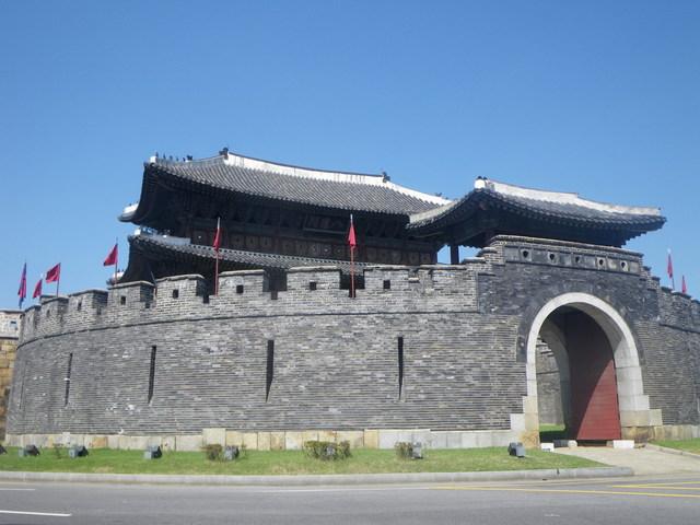 水原華城+民俗村1日観光ツアー