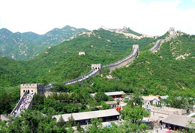 専用車で巡る 北京三大世界遺産めぐり(万里の長城・明の十三陵・頤和園)<プライベート手配>