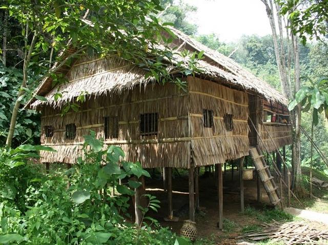コタキナバル市内観光とマリマリ文化村体験 【午前発】