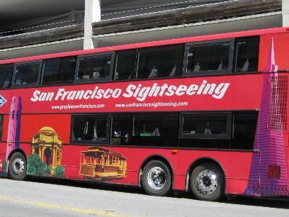ホップオンホップオフ 乗り降り自由なダブルデッカーバスでサンフランシスコ市内観光