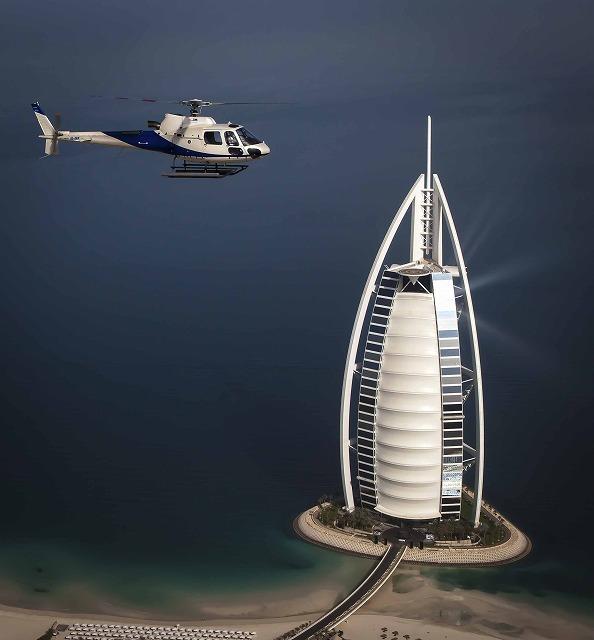 ドバイ ヘリコプター遊覧飛行: ヘリテージプラン<約12分間>