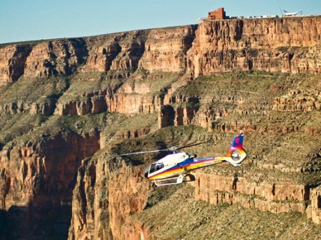 空から楽しむグランドキャニオン・ウエスト!約1時間のヘリコプター遊覧飛行 [ボルダーシティ空港専用ターミナル発着]