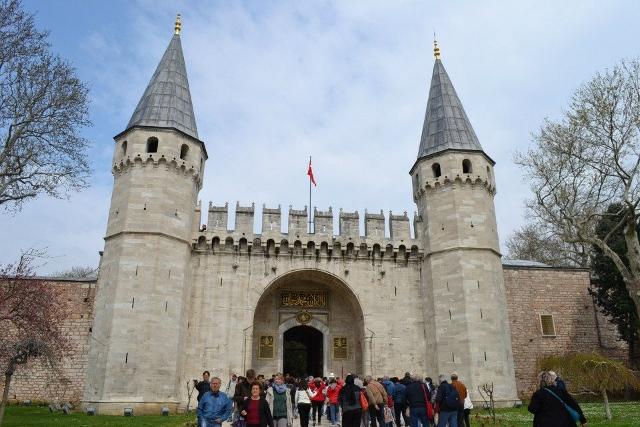オスマン帝国のロマンに触れる!アフタヌーンツアー