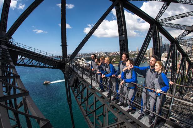 ブリッジクライムお試しコース 所要時間1.5時間でハーバーブリッジを半分登る