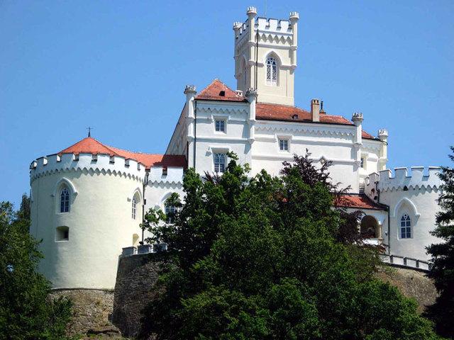 トラコシチャン城,ヴェリキ タボル城,クムロベツ村にも訪れる!ザゴリェ地方フルヴァツコ1日ツアー