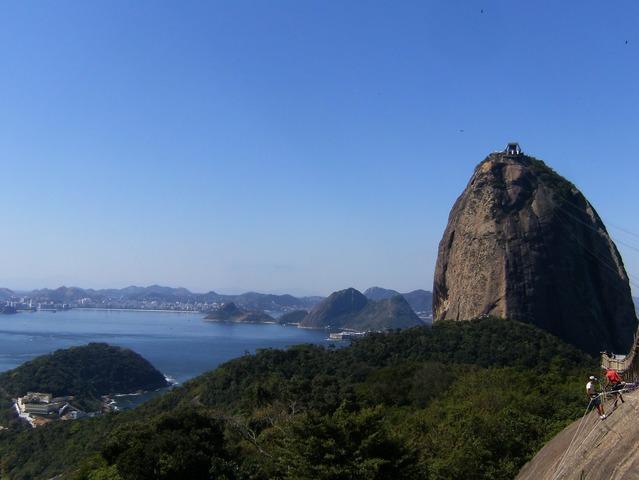 リオの絶景!シュガーローフを訪れる半日市内観光[午前/日本語ガイド/専用車利用]