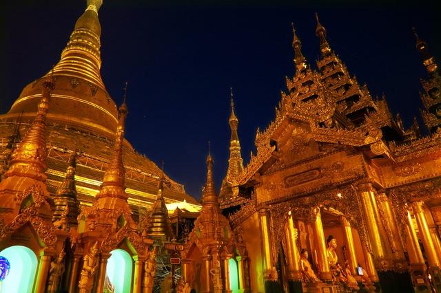 ミャンマーの首都ヤンゴン 2日間 [航空券 + 終日観光付き + 宿1泊] クアラルンプール発