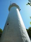 島のシンボル、レトロな灯台!