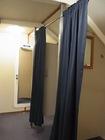 船内にはトイレ、更衣室が完備
