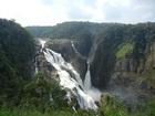 雨季には迫力のバロン滝を見ることが出来ます