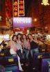 香港のド派手看板と記念撮影