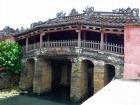 来遠橋は別名「日本人橋」とも呼ばれる