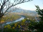 ルアンプラバーン名物の丘からの景色