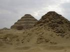 腐敗が進んでいるピラミッド