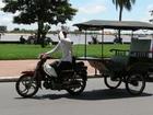 トゥクトゥクに乗ってカンボジアの風を感じよう!