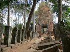ベンメリア寺院のレンガ造りの搭門
