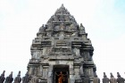 ヒンズー寺院のプランバナン