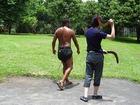 先住民アボリジニのブーメランを体験