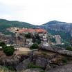 大メテオロン修道院近くから見えるヴァルラアム修道院