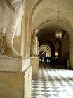 ヴェルサイユ宮殿 一階の回廊