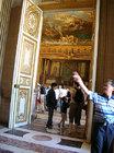 ヴェルサイユ宮殿 たくさんの部屋が続きます