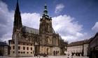 プラハ大司教の司教座聖堂である聖ヴィート大聖堂