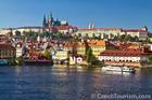 川から見たプラハ城