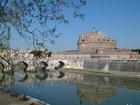 テヴェレ川右岸にある城「サンタンジェロ城」