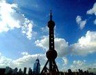 浦東の高層ビル群の中でも一際目立つテレビ塔