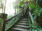 建設者ホセパロネラの遊び心があちこちに。階段もそのひとつ