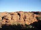 様々な形の岩を見て歩くのも楽しみのひとつ