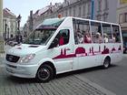 快適なオープンパノラマバスでプラハ観光