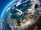 飛びながら「地球」が見れるなんてスカイダイビングだけ!