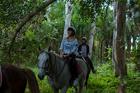 乗馬しながら森林浴なんて、贅沢な時間!