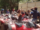ATV4輪バギーで自然の中をドライブするのって快感!