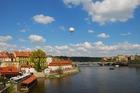 プラハ市内を流れるプルタバ川