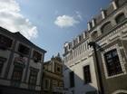 壁に描かれた絵が可愛いチェコの世界遺産の街