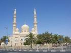 最大級規模のジュメイラモスクは外から見学