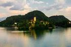 スロベニアの人気観光地ブレッド湖