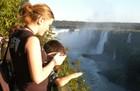 間近で見る世界三大瀑布は迫力満点!
