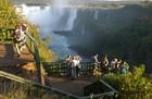 イグアス国立公園は通路が整備されているので、足が悪い方でも安心。