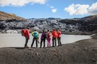 ガイドと一緒に約2時間の氷河ハイキングをお楽しみください