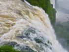 世界最大の滝、悪魔の喉笛は圧巻です。